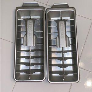 Vintage Frigidaire Quikcube ice trays